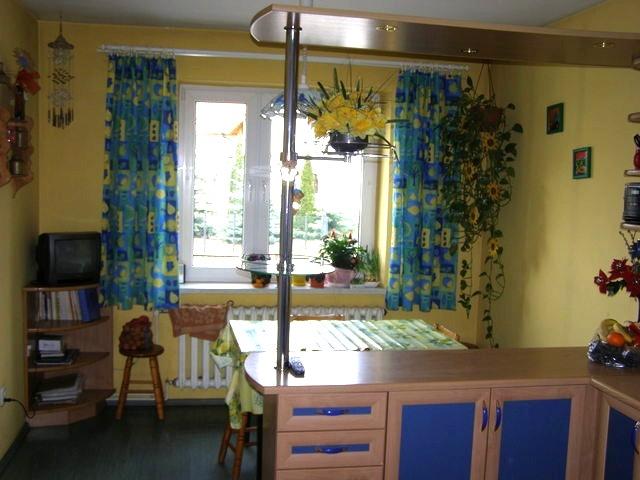 Połowa domu poniemieckiego w zabudowie bliźniaczej, częściowo podpiwniczony, o powierzchni użytkowej ok. 150 m2, ...