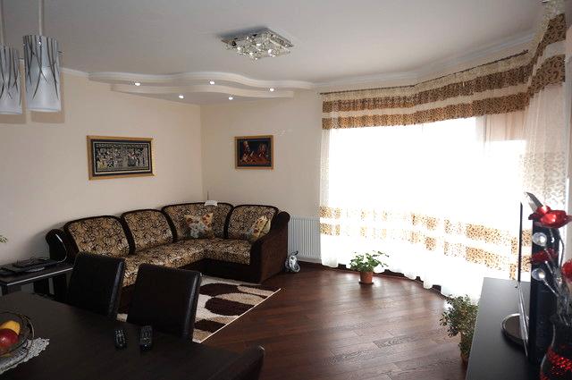 Do wynajęcia mieszkanie 3-pokojowe z otwartą kuchnią o wysokim standardzie. Powierzchnia - 64 mkw. Duży taras. ...