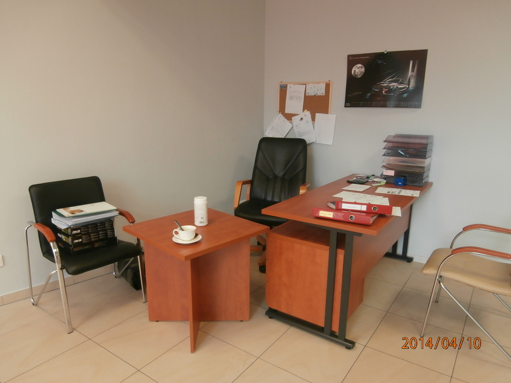 Lokal handlowo-usługowy w skład którego wchodzą dwa pomieszczenia o łącznej  pow. 30 m2. Nieruchomość ...