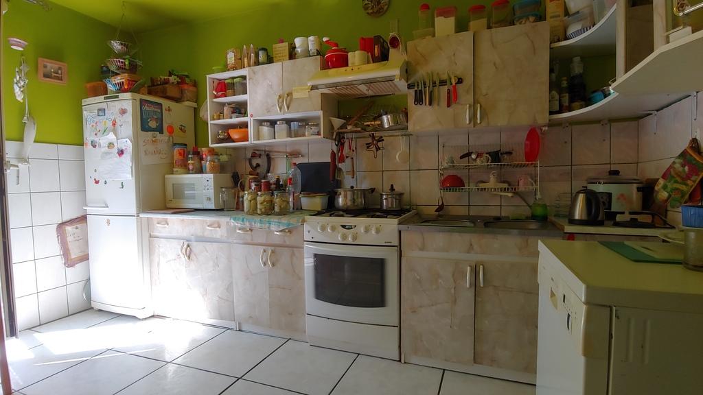 Przedmiotem sprzedaży jest dom wolnostojący mieszczący się na Zawarciu w Gorzowie Wielkopolskim. Na lokal o ...