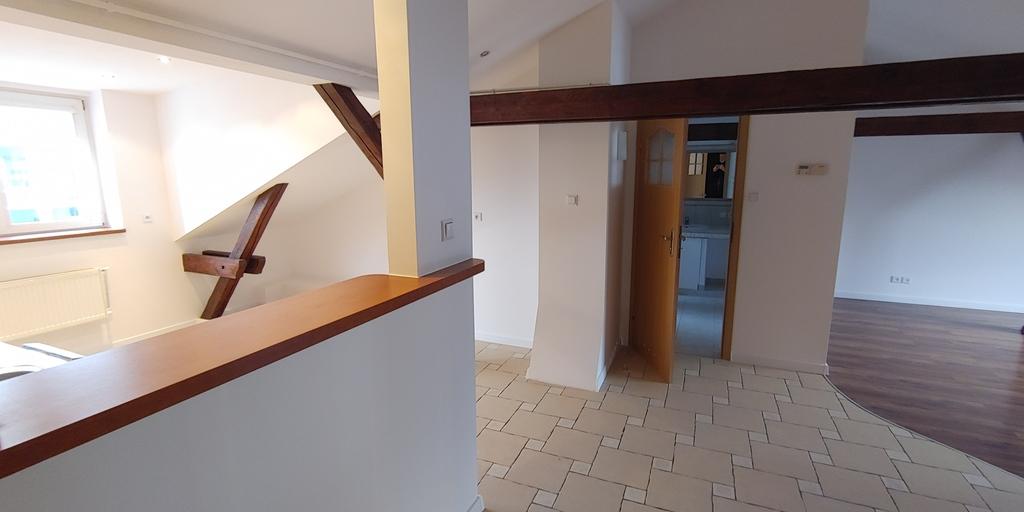 Zapraszamy Państwa na prezentacje atrakcyjnego 3 pokojowego mieszkania o powierzchni użytkowej 70 m2 (120m2 po ...