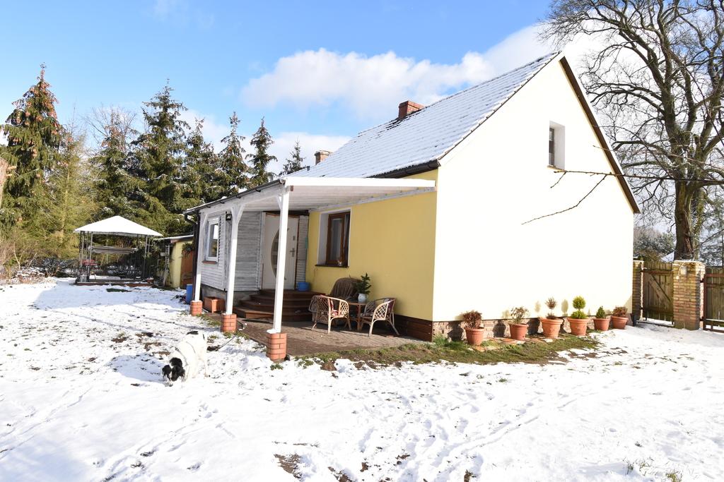 Przedmiotem sprzedaży jest dom poniemiecki z 1938 r. znajdujący się w m. Jeniniec gm. Bogdaniec.  Dom o pow. ok. 70 ...