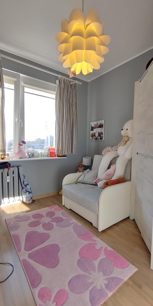 REZERWACJA  Zapraszamy Państwa na prezentacje atrakcyjnego 3 pokojowego mieszkania usytuowanego na 4 piętrze w 10 ...