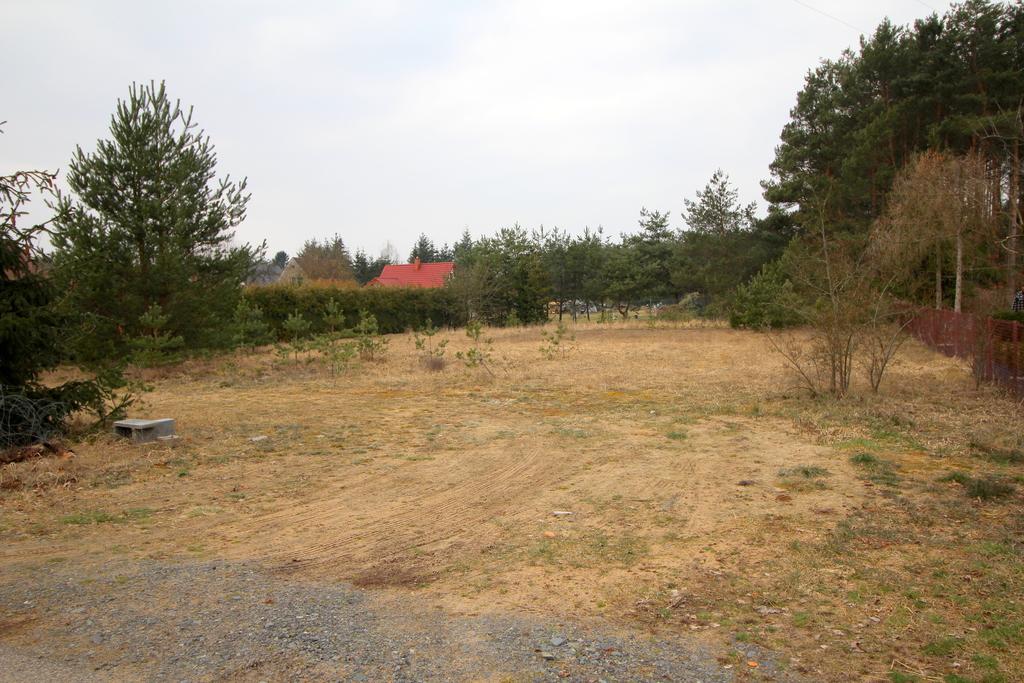 Na sprzedaż pięknie położona działka budowlana o pow. 13 arów zlokalizowana w Zdroisku gmina Kłodawa. Dojazd do ...