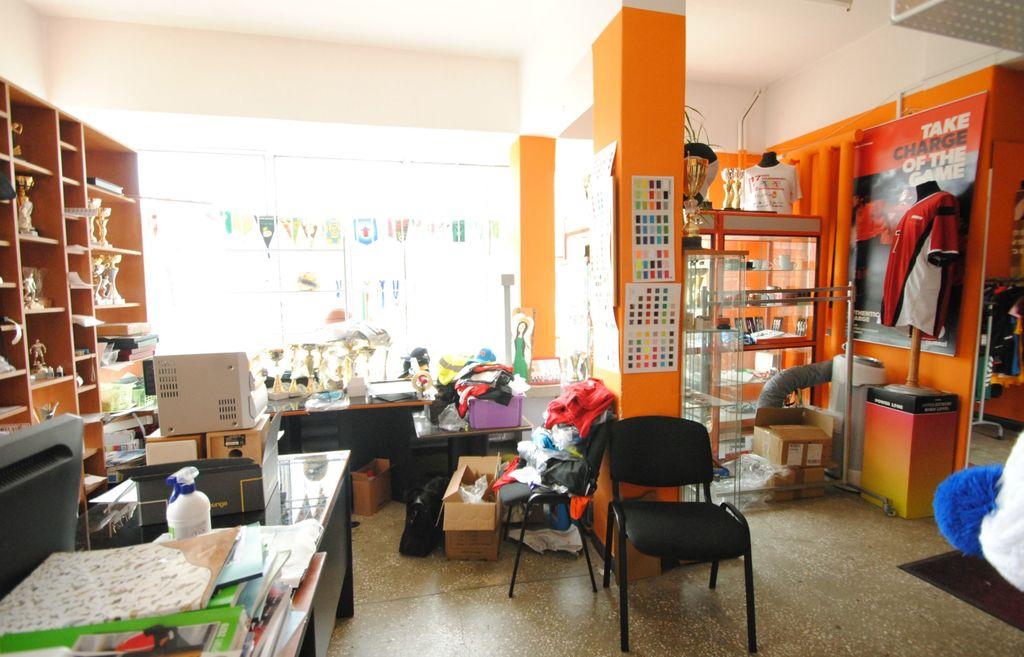 Polecamy Państwu atrakcyjny lokal użytkowy o powierzchni 82,60 m2 położony przy ulicy Sczanieckiej na osiedlu ...